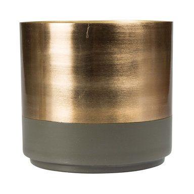 Åhléns. Byondesign. Kruka Aria. Grön kruka i mässing och stål. Diameter: 18 cm. Höjd: 18 cm. 399 SEK