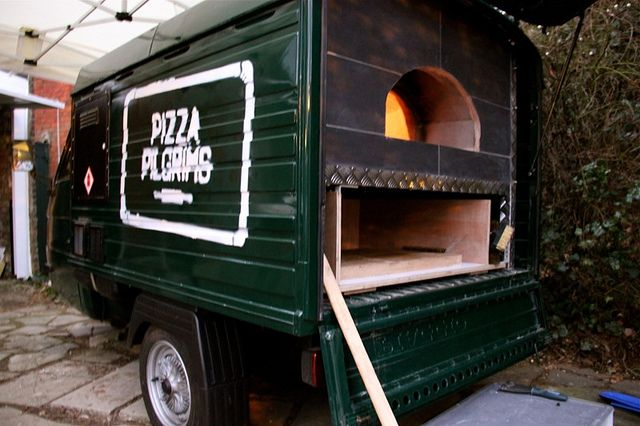 Piaggio Ape Street Food by tukshop, via Flickr