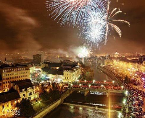 Continuam seria de articole cu poze din orasele din Romania. Precum am spus si in primul articol, ne este destul de greu sa gasim poze interesante cu orasel