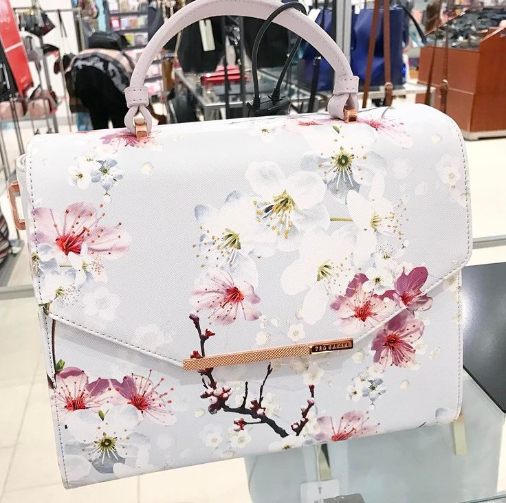 "117 Likes, 6 Comments - Amy (@sprinklesofamy) on Instagram: ""She needs it  I was soooo tempted to buy this gorgeous Ted Baker bag today but I was supposed to…"""