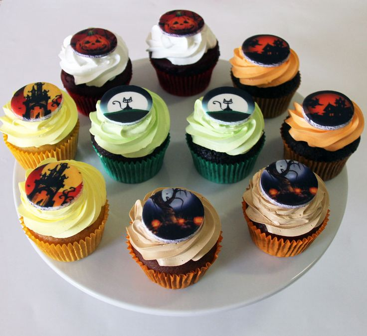 Halloween Cupcakes Like us at www.facebook.com/melianndesigns