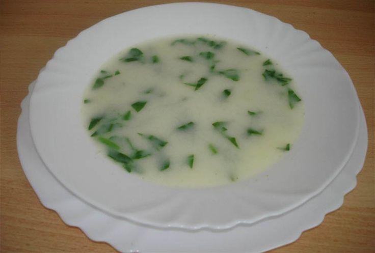 Ispanaklı Sebze Çorbası (1,5 yaşından itibaren)
