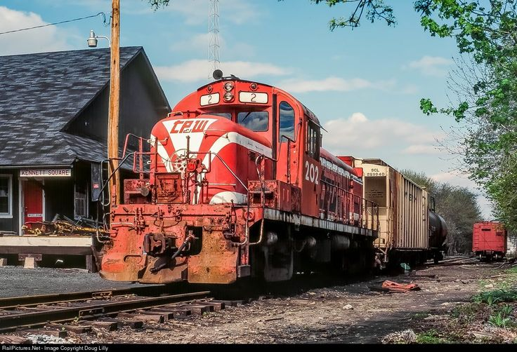 TPW 202 Toledo, Peoria & Western Alco RS-2 at Kennett Square, Pennsylvania by Doug Lilly