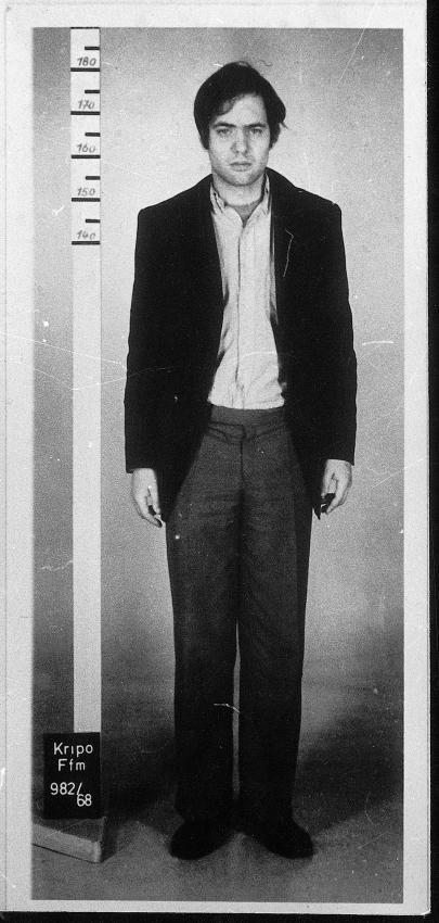 """Baaders Polizeifoto: """"Absolute Identifikationsfigur"""": Polizeifoto von Baader bei seiner Festnahme im April 1968 nach der Kaufhausbrandstiftung."""