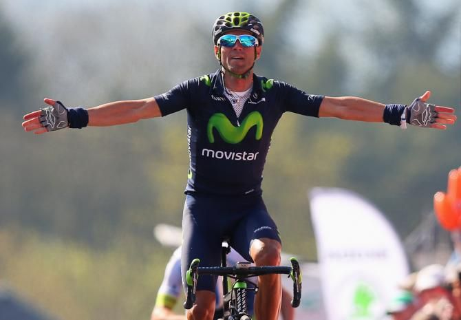 Alejandro Valverde takes La Fleche Wallonne with surprising ease