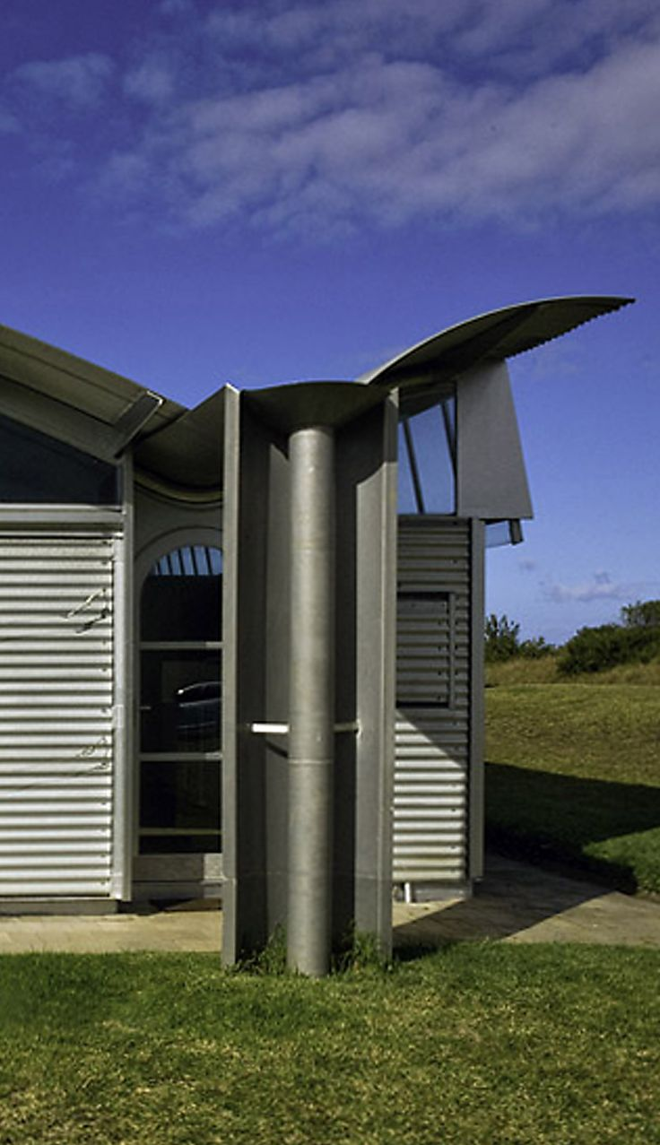 Downpipe detail_Glenn Murcutt, Magney residence, Bingie Bingie NSW, 1984