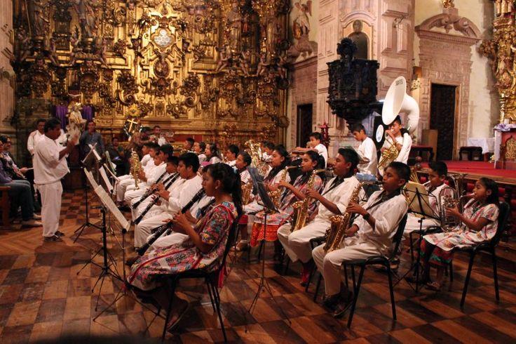 MÉXICO, UNO DE LOS CINCO PAÍSES CON MAYOR RIQUEZA LINGÜÍSTICA DEL MUNDO: EXPERTO DE LA UNAM