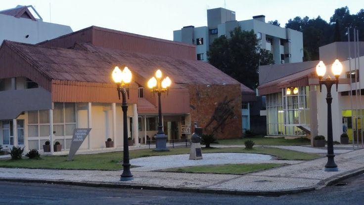 Pato Branco - PR - Centro Cultural e Biblioteca Municipal