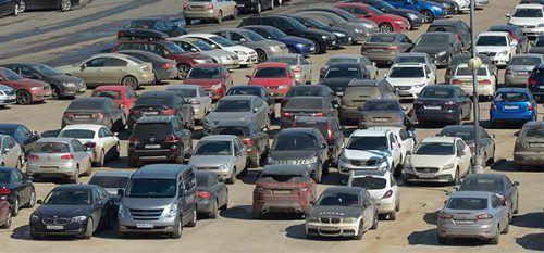 Россияне стали реже покупать подержанные автомобили http://mnogomerie.ru/2016/11/14/rossiiane-stali-reje-pokypat-poderjannye-avtomobili/  В октябре 2016 г. в России было продано 469,3 тыс. подержанных автомобилей, сообщает аналитическое агентство «Автостат». Эта цифра на 2,6% меньше показателей аналогичного периода прошлого года. Таким образом, вторичный рынок падает второй месяц подряд. В сентябре нынешнего года падение составило 0,1%. «Несмотря на снижение российского вторичного рынка в…