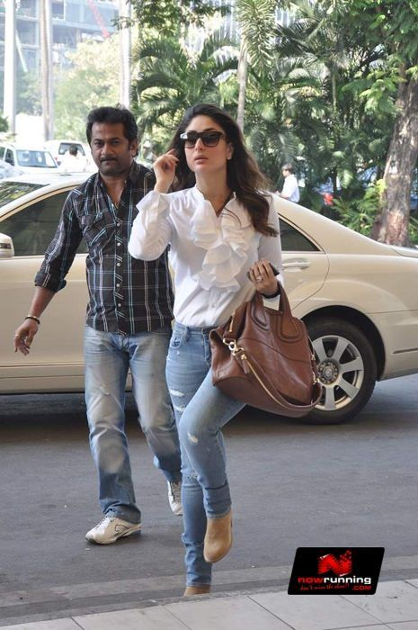 kareena kapoor carrying Givenchy bag. Bollywood bag style.