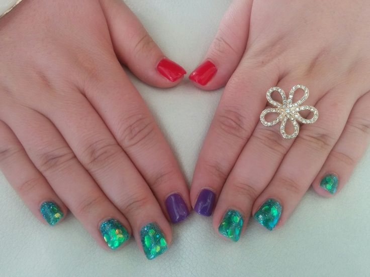 Little mermaid gel nails
