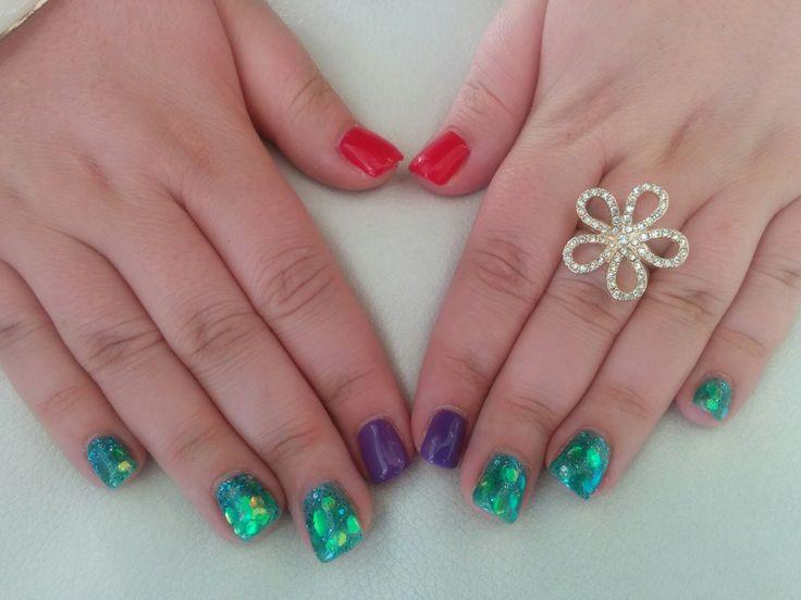 Little mermaid gel nails