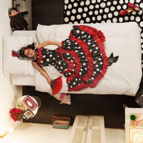 Flamenco Sengesett fra Snurk! Mange andre flotte design på vår nettbutikk: http://www.sengemakeriet.com/webshop.aspx?pageid=78949&catId=23155&groupId=27825&Product=110748#products