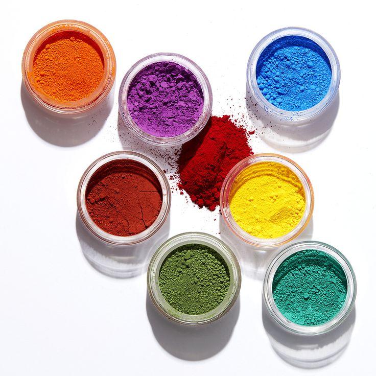 いいね!14.9千件、コメント83件 ― MAKE UP FOR EVER OFFICIALさん(@makeupforeverofficial)のInstagramアカウント: 「These #purepigments are highly concentrated and have extremely fine granules. What does this mean…」