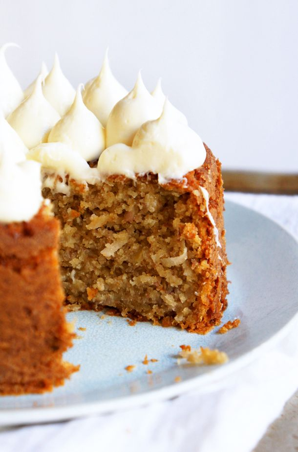 Banana Cake with Coconut and Creamy Honey Frosting by sugaryandbuttery: Quick and healthy. #Cake #Bananan #Coconut #Healthy #Quick