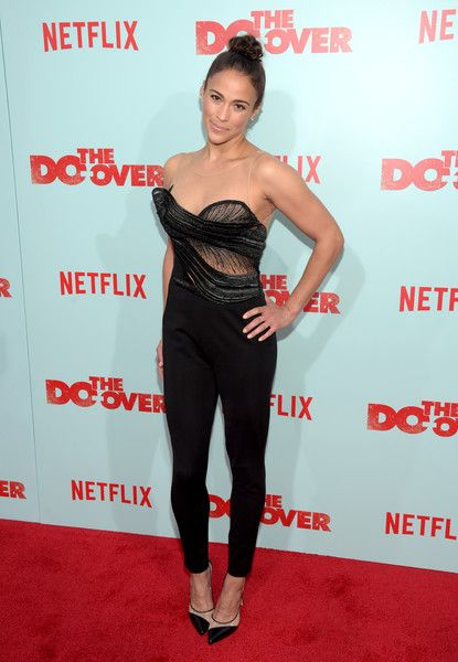 Paula Patton Pumps - Paula Patton finished off her look with a pair of monochrome pumps.