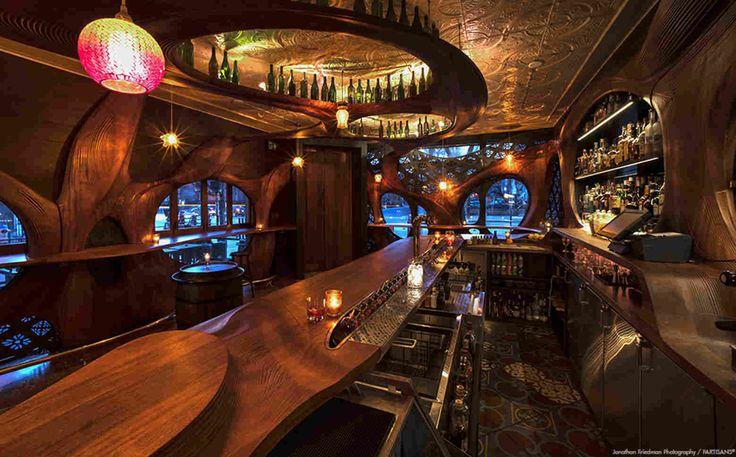 Тапас-бар Raval в стиле испанского модерна