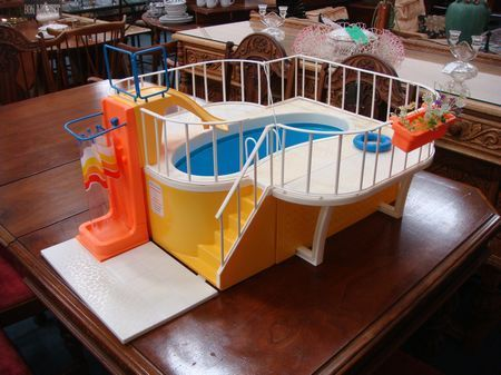 Vintage Barbie Dream House Swimming Pool 1980 Toy Toys Doll Dolls Play. This is when they made REAL pools for Barbie. I LOVED this and played for hours with it.