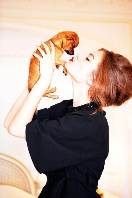 smooch....Red Lipsticks, Hair Colors, Best Friends, Little Puppies, Christian Dior, Hair Makeup, Ellenvonunwerth, Beautiful Secret, Ellen Von Unwerth