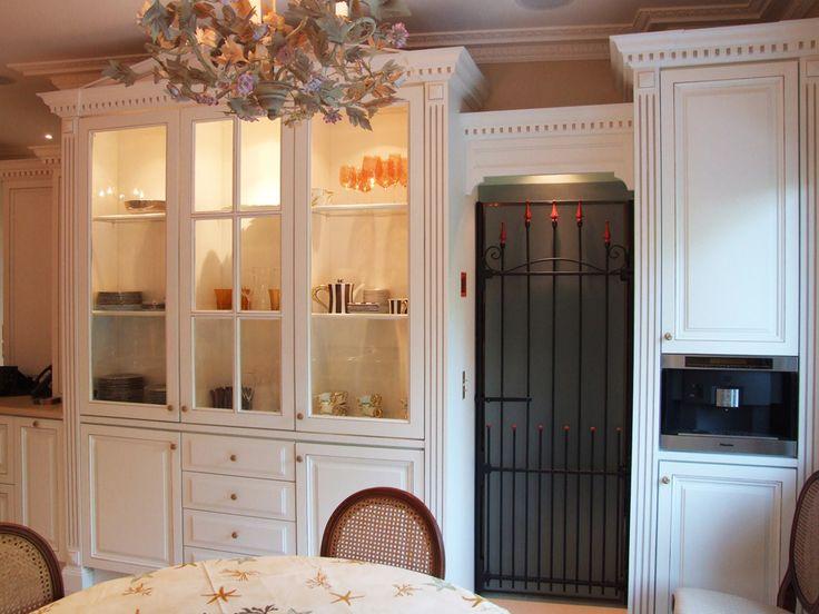 1000 images about les cuisines de manoirs ch teaux on. Black Bedroom Furniture Sets. Home Design Ideas