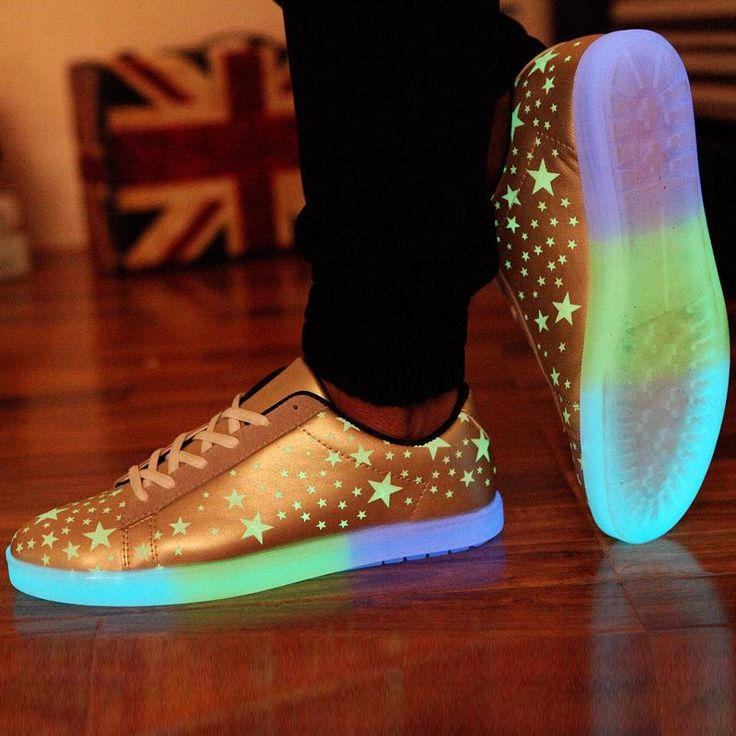 newest 78beb 46781 Man woman shoes casual luminous couple lovers Emitting light up for adults  PU Leather LED Lace