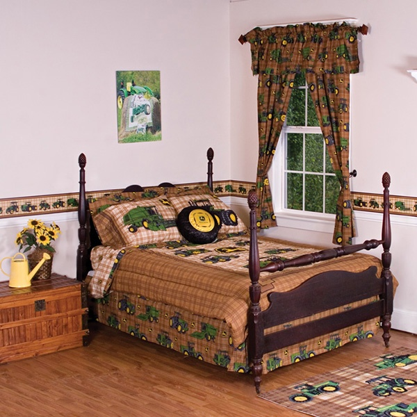 John Deere Traditional Tractor Bedding Collection For Logan 39 S Room Pinteres