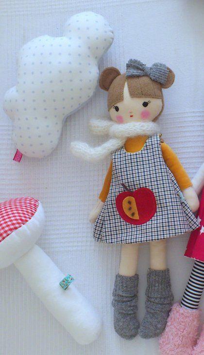 Lala Betsypetsy - Apple Doll