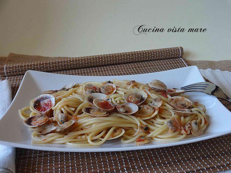 La ricetta degli spaghetti con le vongole è quella della mia mamma, semplice, buona, gustosa con tutto il profumo e il sapore del mare!