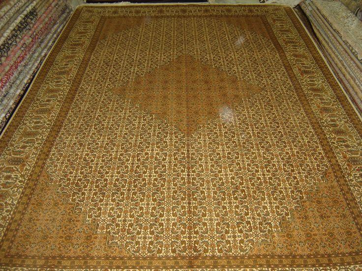 Beautiful Custom Silk Rugs, Customised Silk Carpets, Handmade Silk Carpets And Rugs,  Persian Design