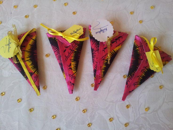 cornet de dragées recouvert de tissu africain : Loisirs créatifs, scrapbooking par kelly-deco