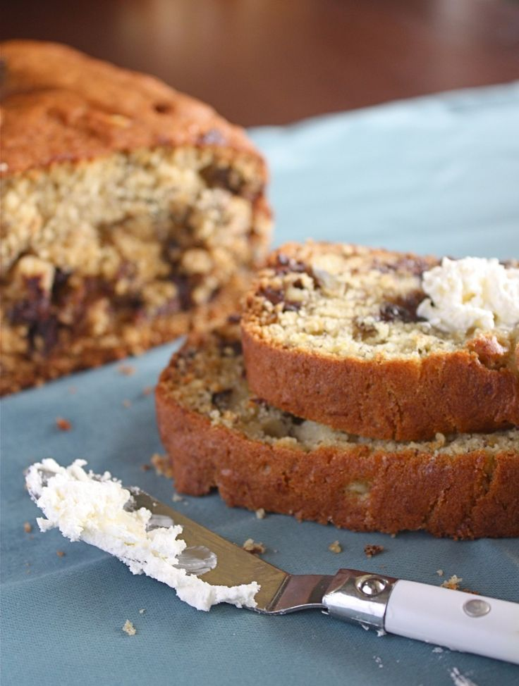 Chocolate Chip Banana Bread with Walnuts | SWEETheart | Pinterest