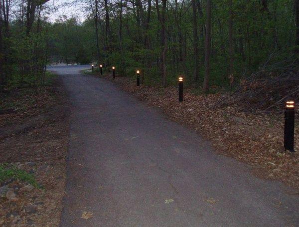 Outdoor Driveway Lighting Ideas Bollard Lights Illuminating The Driveway