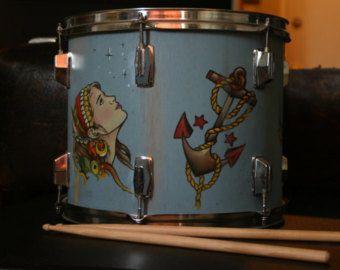 Lámpara de tambor viejo escuela tatuaje