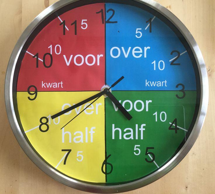 Klokkijken is lastig voor een beelddenker. Hij heeft geen goed gevoel van oriëntatie in de tijd. Tijd en volgorde zegt een beelddenker niets. Maar hoe leer je