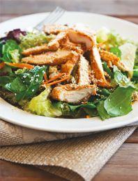 Σαλάτα με κοτόπουλο και σουσάμι