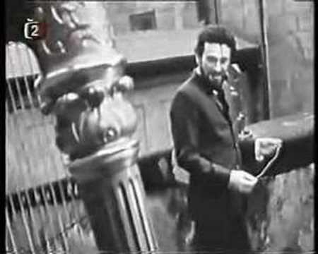Waldemar Matuška, Po starých zámeckých schodech