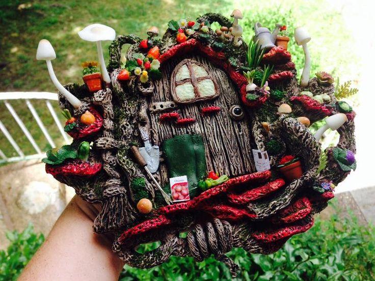 Fabulous detailed fairy door with a fairy garden built in miniature garden https://www.facebook.com/InspiredByFae?ref=hl By Michelle Fenton