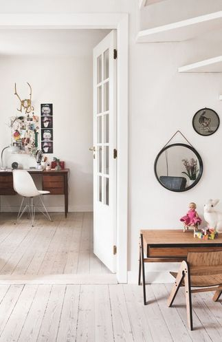 Vintage and playful home of Danish stylist  Camilla Tange Peylecke - via cocolapinedesign.com