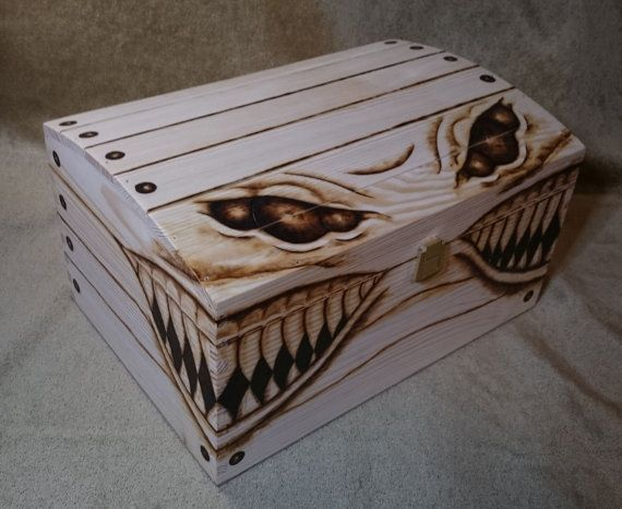 EXTRA LARGE 6 eyed Mimic Gaming Chest / Keepsake / Miniatures / Dice box - Fantasy / D&D dungeons and dragons