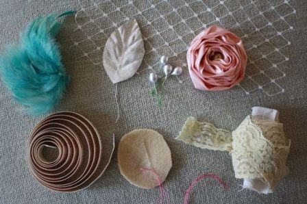 How to Make Lace Headbands   How to Make a Fabric Flower Elastic Baby Headband With Feathers and ...