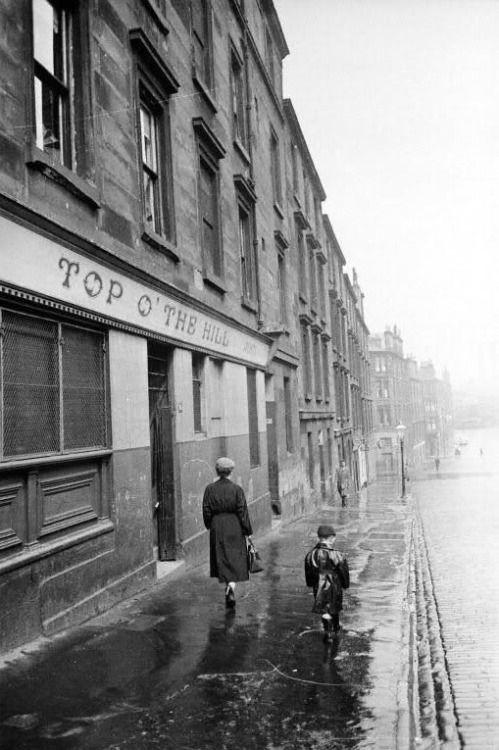 Bert Hardy :: Taylor Street, Townhead, Glasgow, 1955