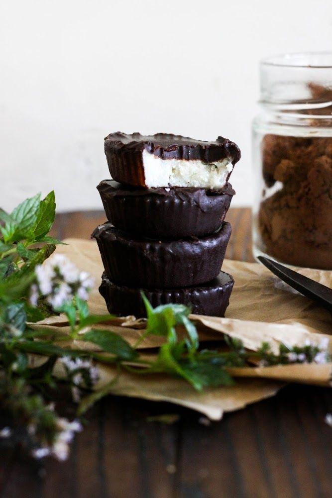 This Rawsome Vegan Life: CHOCOLATE COCONUT PEPPERMINT BITES (LOW-FAT OPTION)