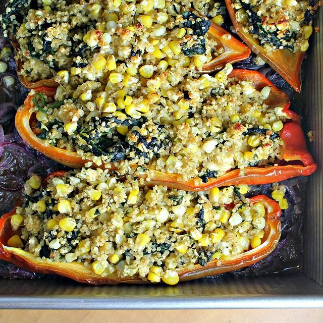 peppers stuffed with quinoa, corn and feta cheese: Feta Cheese, Red Peppers, Black Beans, Peppers Stuffed, Belle Peppers, Recipes, Feta Stuffed, Quinoa Stuffed Peppers, Corn