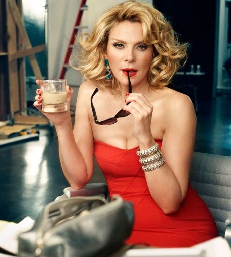 Kim Cattrall, love her hair.
