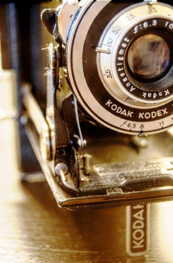 Photography Print Of Vintage Kodak Junior By Mpoirierphotography 30 00 Vintage Cameras Old Cameras Classic Camera
