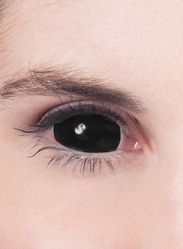 full black eye contacts - 640×868