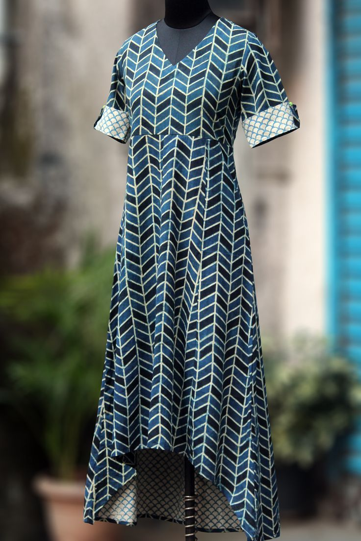Maati Crafts Blue Cotton Printed High Low Asymmetrical Kurti