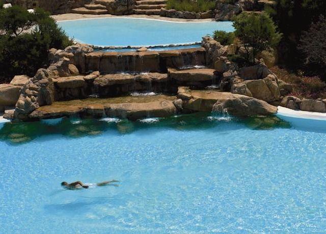 Un cinque stelle da sogno con piscine, idromassaggi e