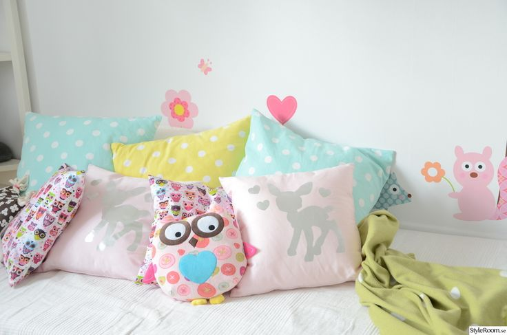 pillows, children's rooms