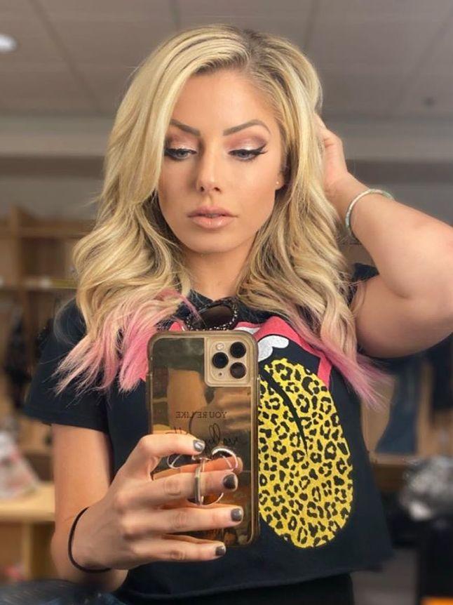Alexa Bliss 💕   Alexa, Wwe girls, Celebs